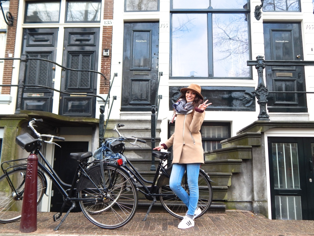 travel-amsterdam