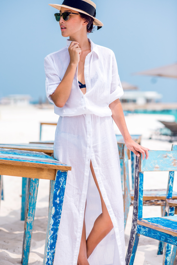 White-Summer-Maxi-Shirt-Dress-Nicole_Warne-7